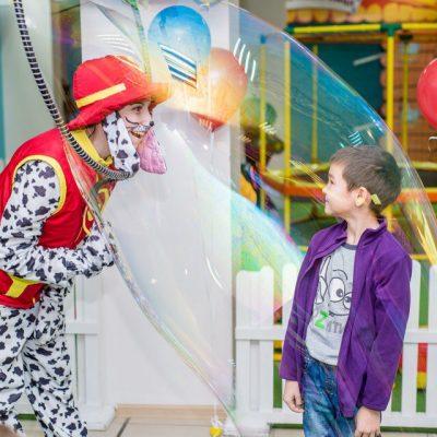 Щенок-спасатель - аниматор найдет общий язык с вашим ребенком и его гостями!